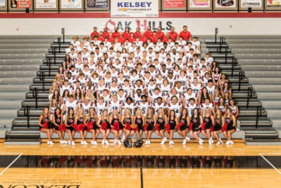 2021 OHHS Football Teams with cheerleaders and coaches